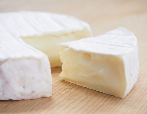 ナチュロルの原材料チーズの画像